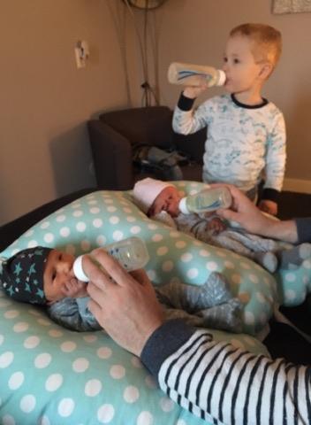 2ling kussen met baby's